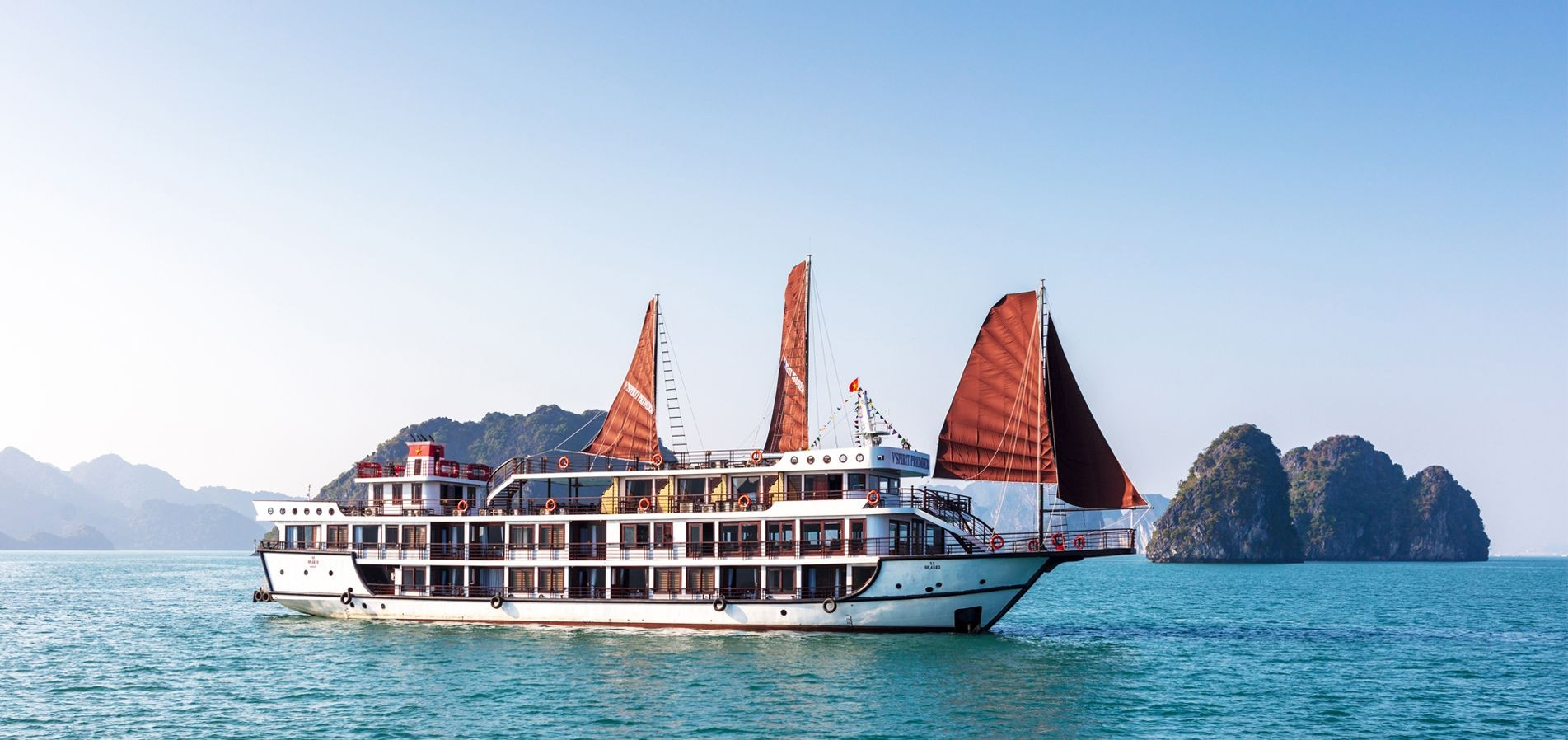 Tips on Cruise Safety When On Vacation in Vietnam