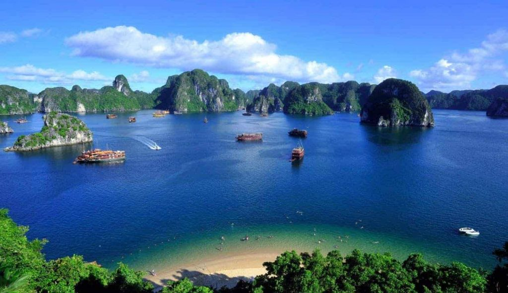 When Do You Want To Visit Vietnam To Go On Vacation?